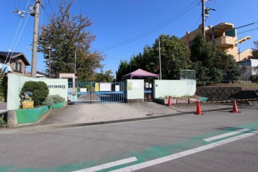 小学校 【小学校】和泉市立緑ヶ丘小学校まで1100m