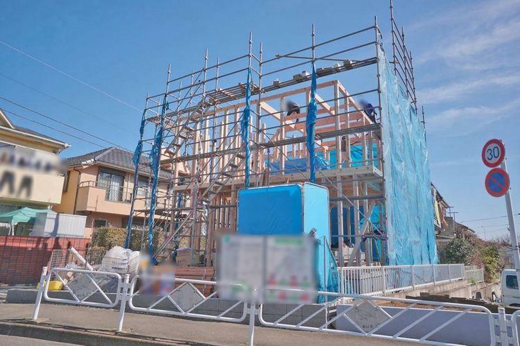 現況写真 建物仕様に定評のある建築会社の施工です。近隣の完成施工例と合わせてご案内させて頂きます。