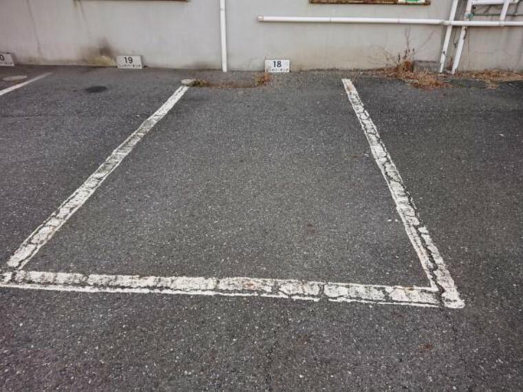 駐車場 【近隣駐車場】敷地外に駐車場を確保しています。約80m(徒歩1分)です。(月5000円/2021年4月現在)