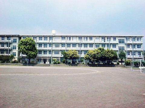 中学校 三島市立錦田中学校
