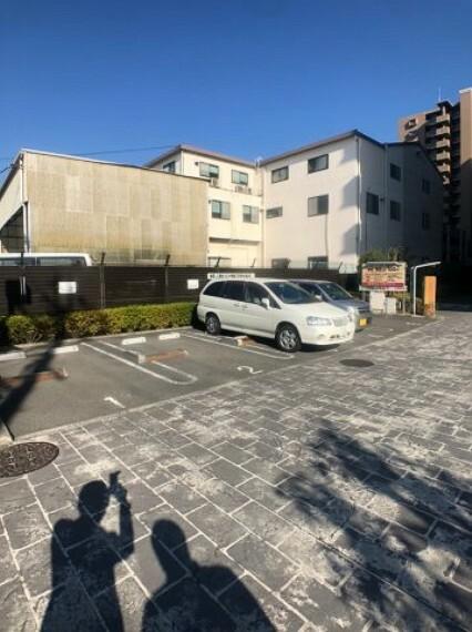 敷地内駐車場 お客様用駐車場