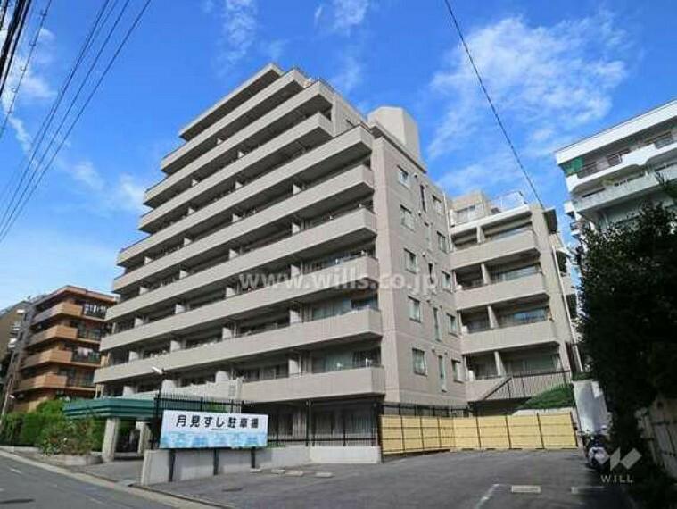 外観写真 「パークコート覚王山」は、東山線「覚王山」駅徒歩2分の好立地にあるマンション。