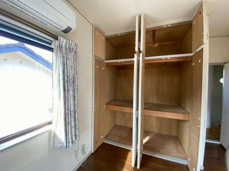 収納 たっぷり収納できるのでお部屋がスッキリかたづきます