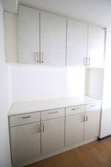 収納 キッチン収納 ご家族の食器も、全て収納出来ますね(*^^*)