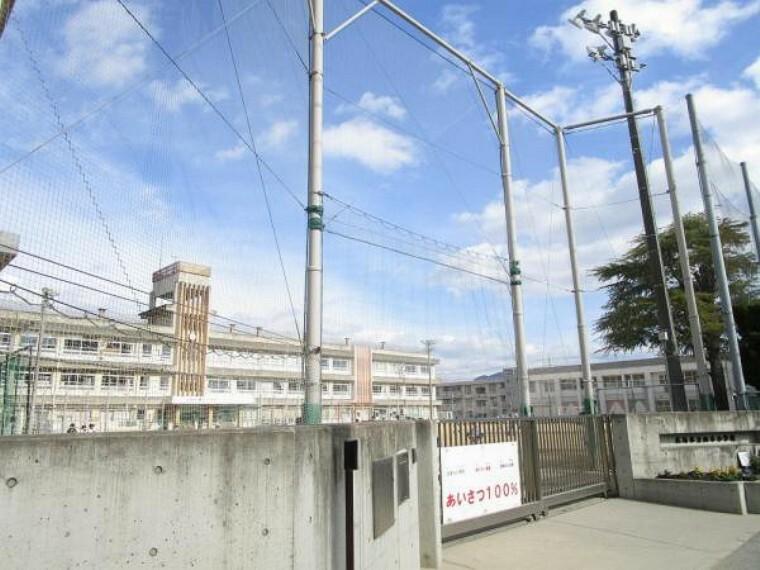 小学校 【周辺環境】広島市立山本小学校まで約23分(1.8km)です。急なお迎えでもすぐ行くことができます。