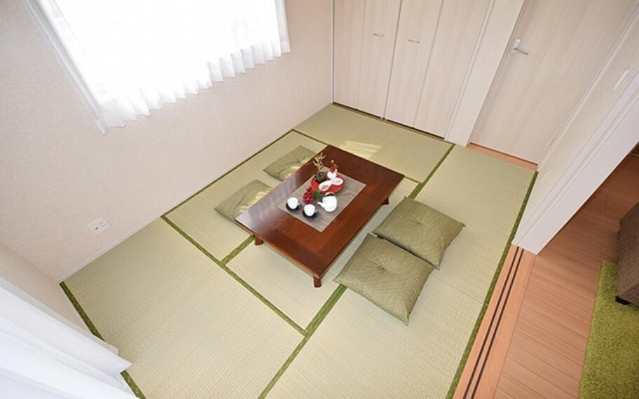 和室 当社分譲施工例:洋室畳敷き
