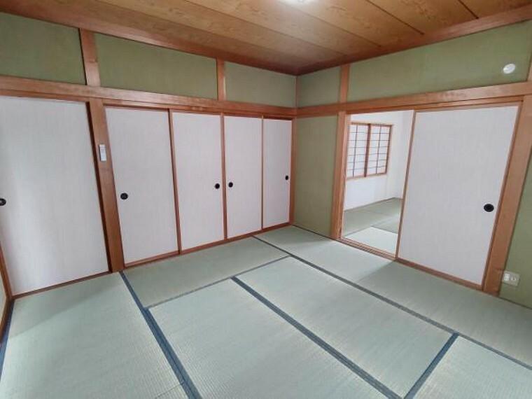 (リフォーム済)1階和室中央続間北側です。畳表替え、壁、天井クリーニング、照明交換をおこないました。客間として使用してはいかがでしょうか。