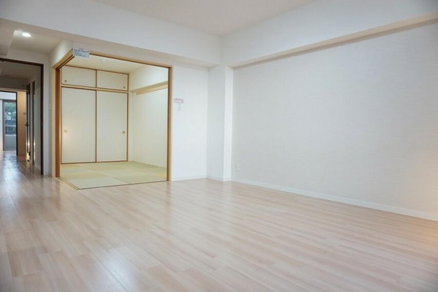 居間・リビング リビングと和室をつなげると大空間になります^^