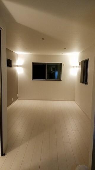 居間・リビング ※新築時写真になります。ご参考下さいませ