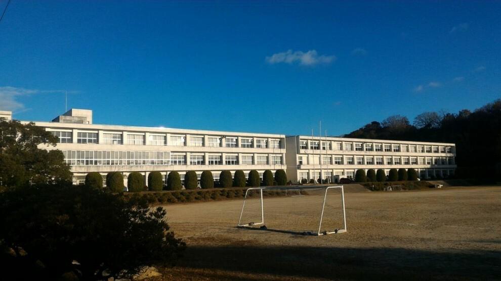 中学校 常滑市立常滑中学校