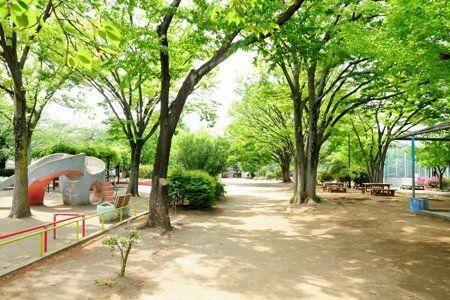 公園 代々木大山公園 徒歩5分。