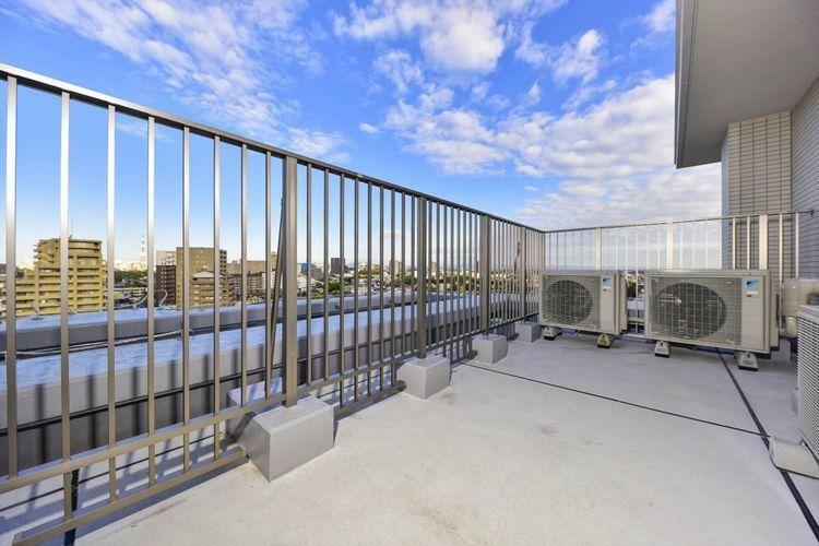 バルコニー Roof Balcony