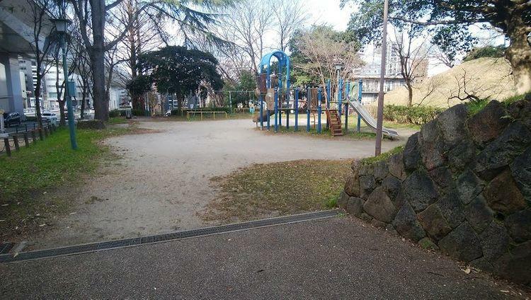 公園 景雲橋小園 徒歩13分。