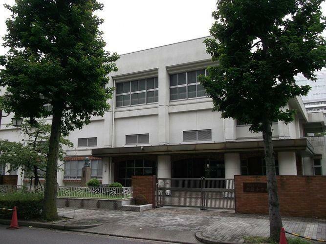 小学校 名古屋市立御園小学校 徒歩3分。