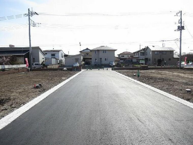 現況写真 ・・・6m開発道路(北から南)