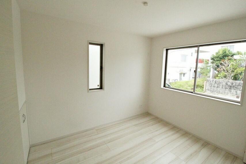 洋室 1階 洋室