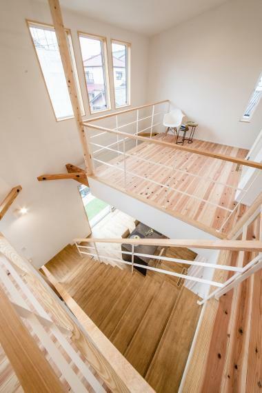 2階は間仕切りのない大空間で仕上げてあります。間仕切り壁を建ててお引渡しすることも可能ですのでお気軽にご相談ください。