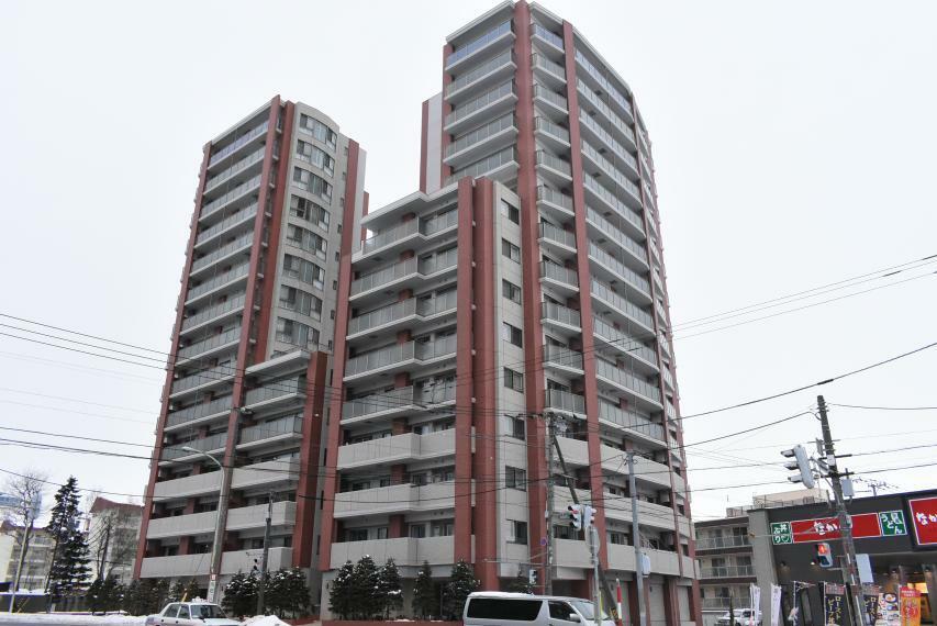 SUMiTAS札幌東店