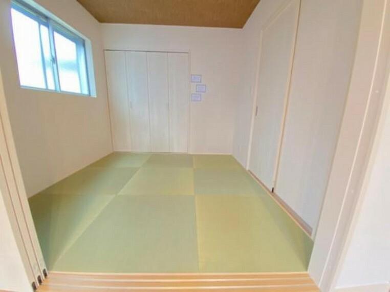和室 新しい畳で気持ちがいいですね