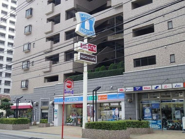 コンビニ ローソン所沢元町店