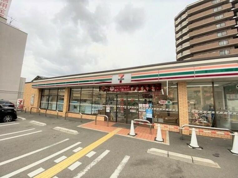 コンビニ セブンイレブン 堺上野芝町3丁目店