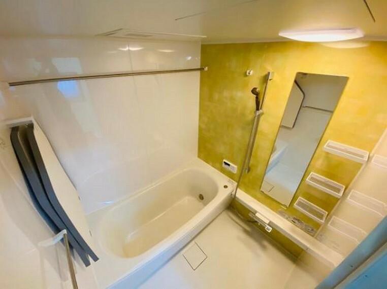 浴室 各居室収納スペ-ス付きでお部屋をスッキリ保てますね