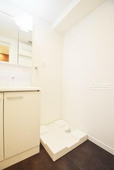 玄関 防水パン(洗濯機置き場)