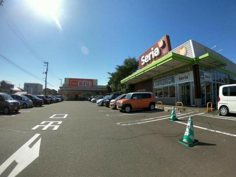 ショッピングセンター イオンタウン仙台郡山店「ザ・ビッグ仙台郡山店・セリア」