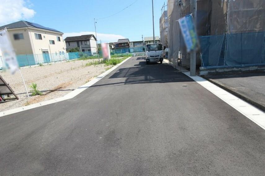 現況写真 6mの開発道路です