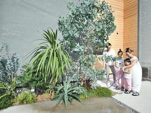 参考プラン完成予想図 【当社施工例】 Life styleに合わせたonly oneの家造り。私たちはアトリエ建築家と一緒に、性能も間取りも妥協しない理想の建物を真心を込めて叶えます。