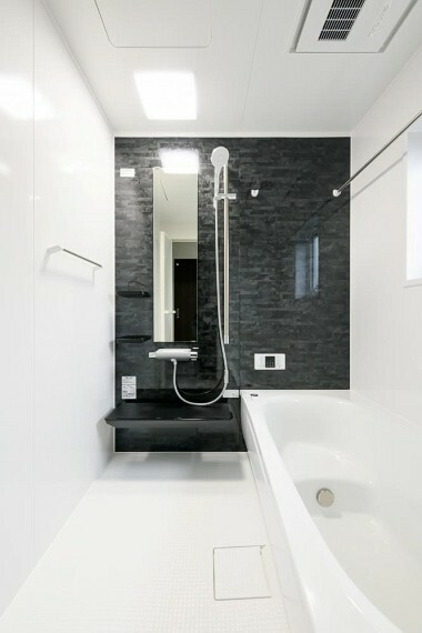 【浴室】TOTOサザナ HSシリーズ 使いやすさやお掃除のしやすさだけでなく、くつろぎにもこだわったシステムバスルーム (※5号地)