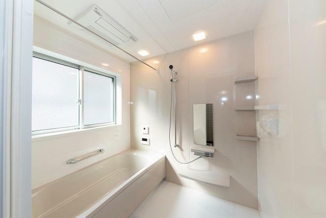同仕様写真(内観) 広々とした浴室で一日の疲れをゆっくり癒しましょ!