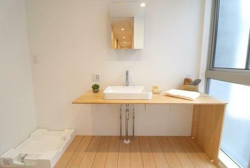 同仕様写真(内観) LAZOモデルハウス シンプルな形がオシャレな洗面台。2階に洗面室・浴室があるので朝の準備や就寝前の動線がスムーズです!