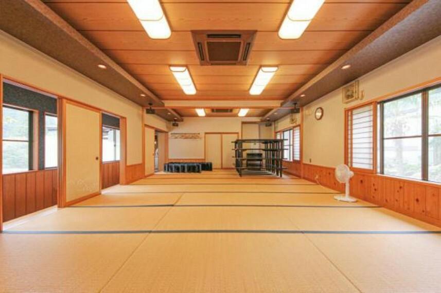 和室 大広間は合計27帖の大空間。宴会などもできる広さです。