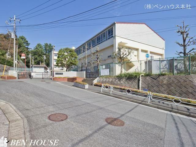 小学校 横浜市立吉原小学校 距離810m