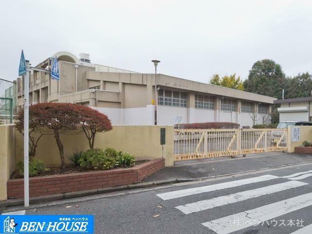 中学校 横浜市立港南中学校 距離1230m