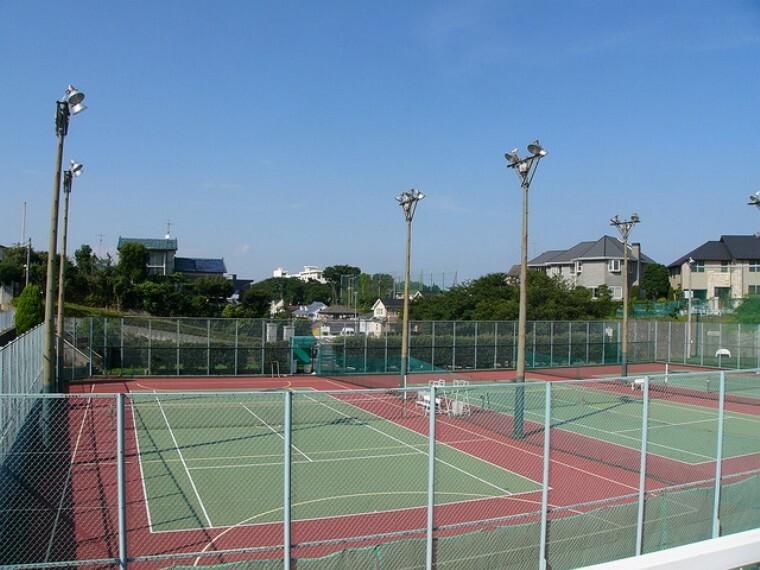YCACテニスコート