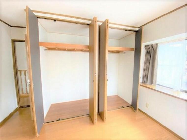 収納 各居室に収納スペース充実