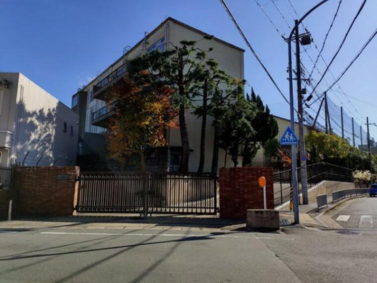 中学校 「京都市立醍醐中学校」まで徒歩約21分(約1661m)