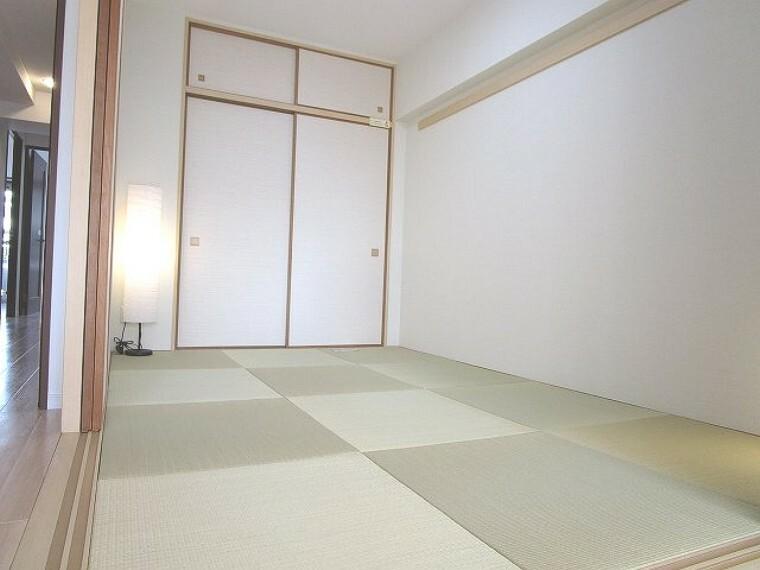 和室 モダンで落ち着きの和空間