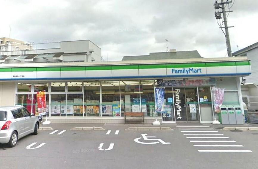 コンビニ 【コンビニエンスストア】ファミリーマート 福岡高取一丁目店まで238m