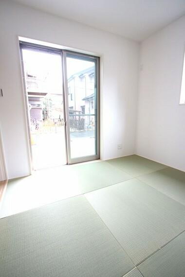 和室 琉球畳を採用し、お洒落な印象になりました。