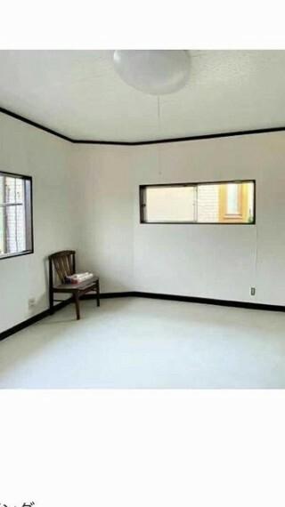 居間・リビング 約7.0帖の2Fダイニングキッチン。 2面採光で、明るい光が差し込みます。