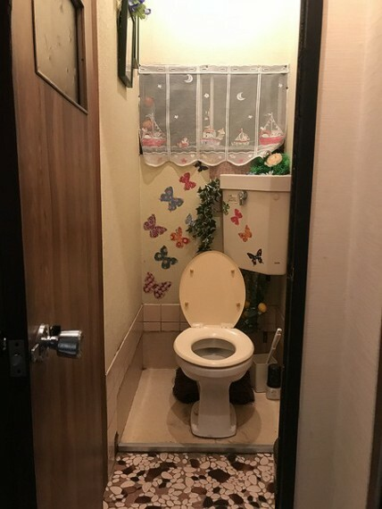 トイレ トイレは1Fにあります。