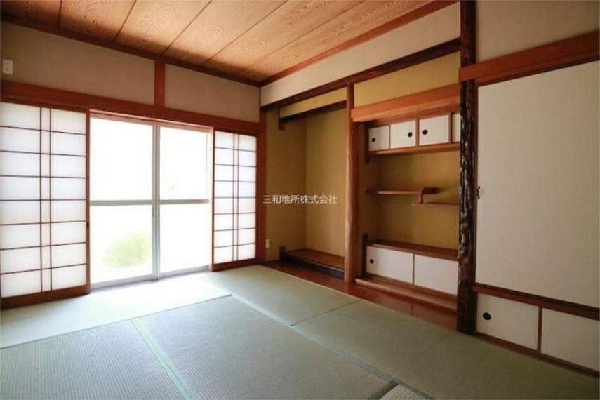 立派な床の間のある1F和室6帖