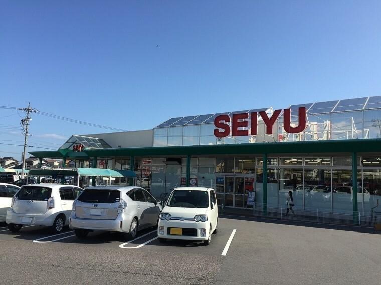 スーパー 西友味岡店
