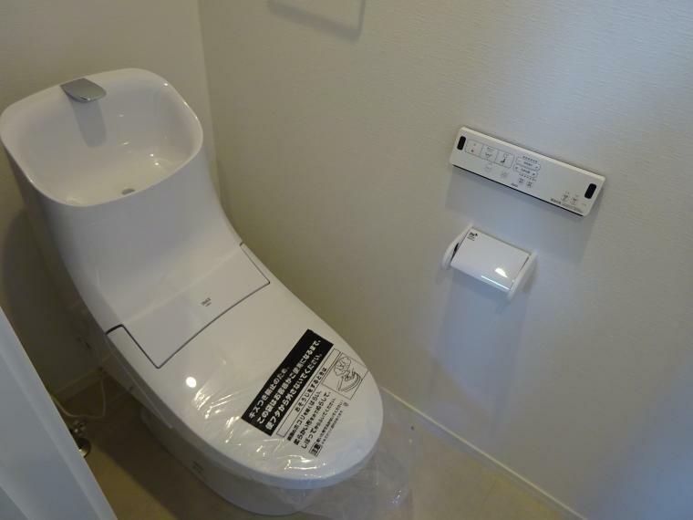 トイレ ウォシュレット機能付きのトイレ