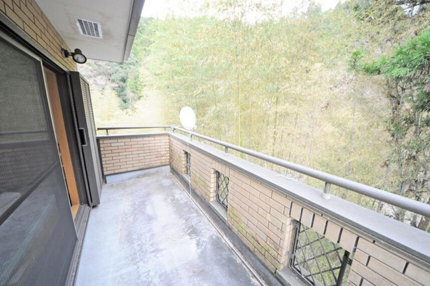 外観・現況 2階バルコニー。