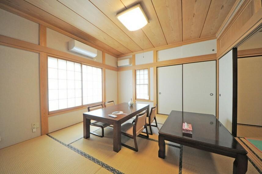 和室 和室。2部屋繋げると14畳。広縁からの眺めも良好です。