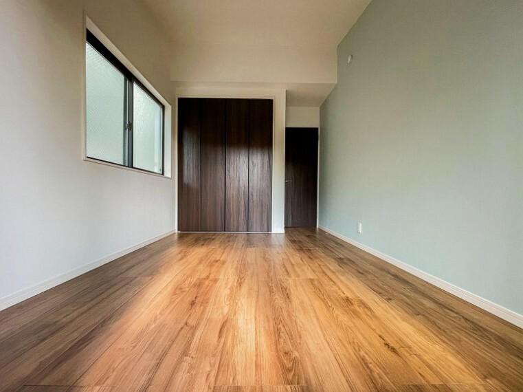 子供部屋 子供部屋や書斎にちょうどよい広さになっています。自分時間を快適に過ごすプライベートルーム。(2号棟)